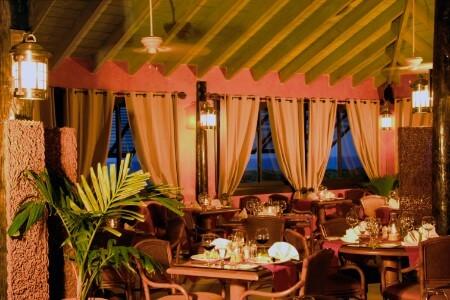 Nicoles Restaurant