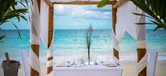 Romantic-Dinner-4Y0A8768_R-X3-Menu