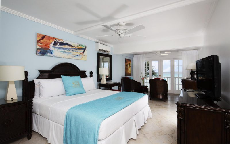Superior Oceanfront Rooms