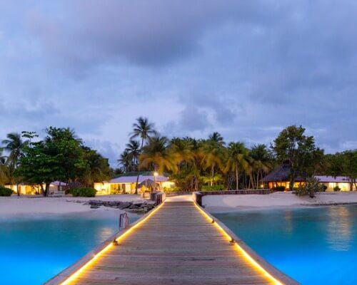 Palm Island The Grenadines dock